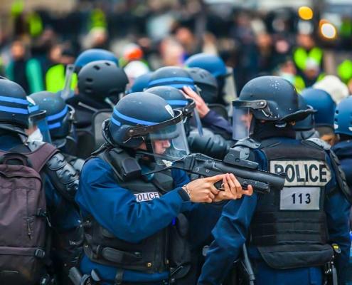 underground-periodismo-internacional-violencia-policial-francesa-Valentin-Gendrot
